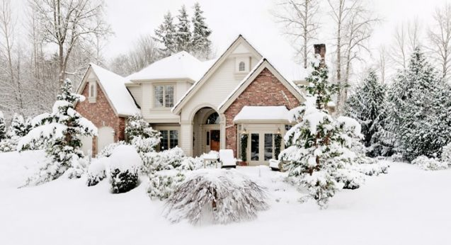 Travaux avant l'hiver : comment préparer sa maison avant la neige ?