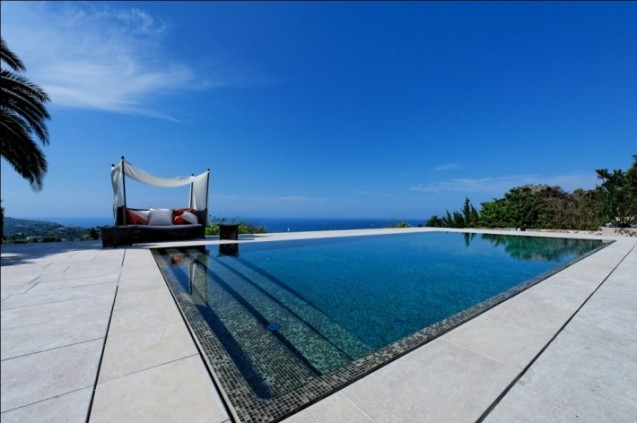 Travaux : Installation de piscine quel modèle choisir ?