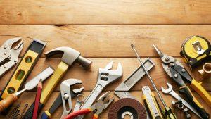 Outils de bricolage : les indispensables à avoir absolument chez soi